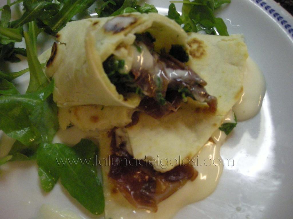 Piadina romagnola con crudo, rucola e crescenza