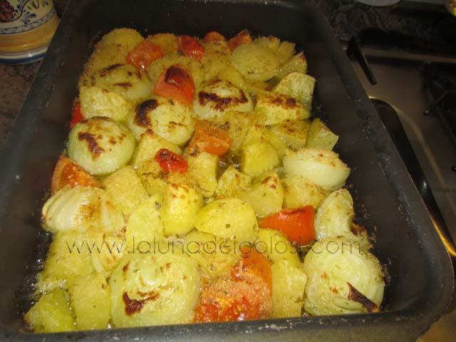 patate e cipolle al forno: per 30'/40'