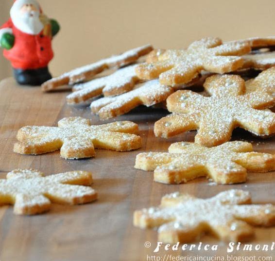 Biscotti Natalizi: fiocchi di neve alle mandorle