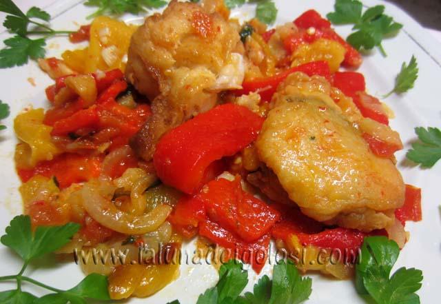 baccalà con peperoni rossi e gialli