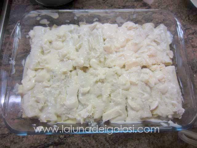 condiscili con formaggio grattugiato,mozzarella e qualche fiocchetto di burro