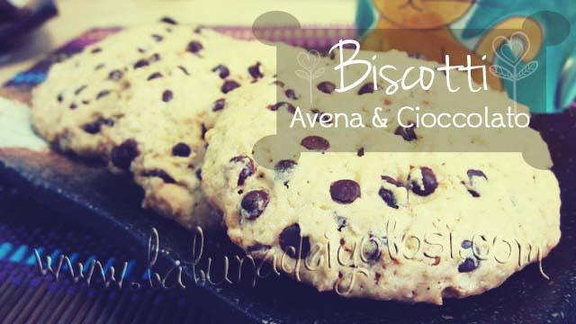 Biscotti con Avena e Gocce di Cioccolato (Cookies)