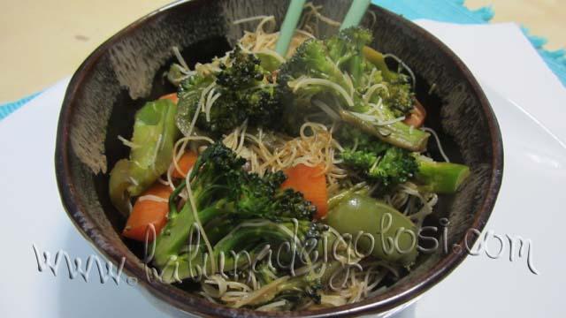 Noodles con verdure: boniiii!!